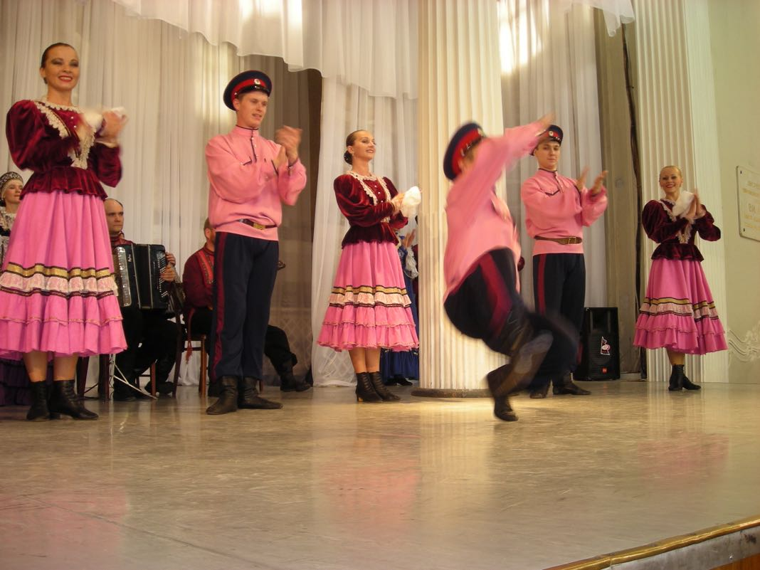 Russian Cultural Dancing St Petersburg