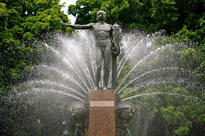 Hyde Park Fountain Apollo