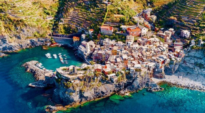 Best Cinque Terre Views Sights Vernazza
