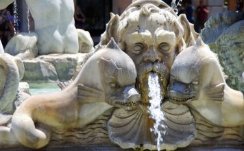 Best Fountains in Italy Neptune Nettuno