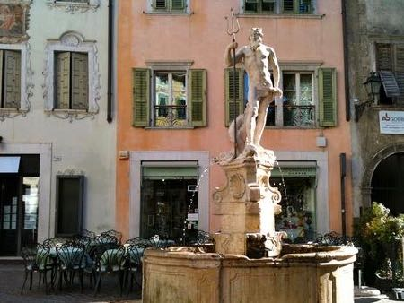 Best fountains in Italy Neptune Nettuno Poseidon