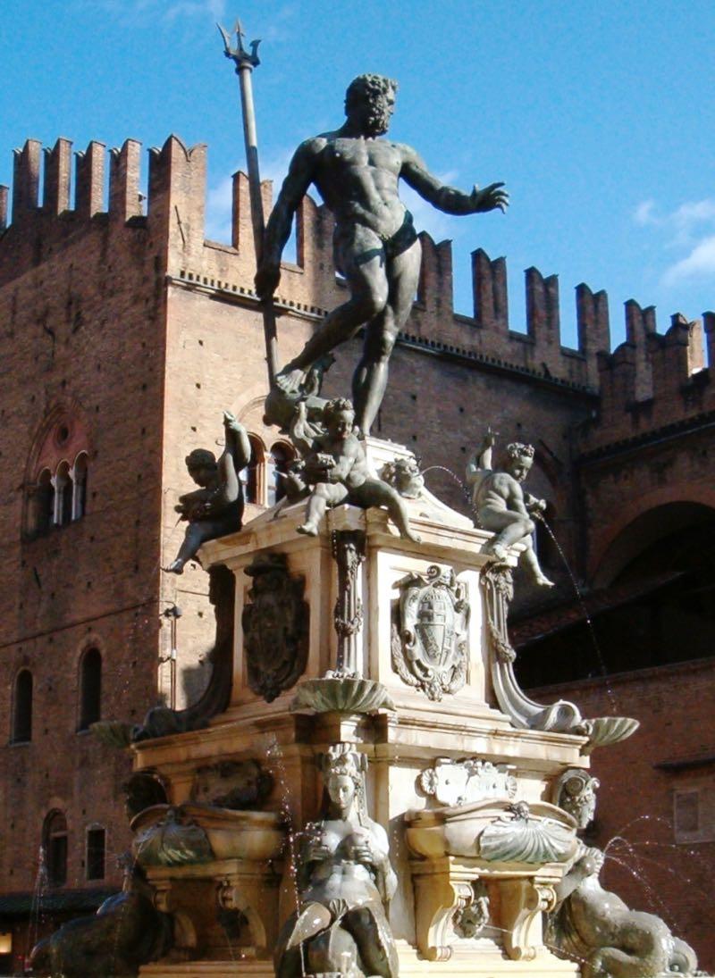 Fontana-del-Nettuno-Bologna-Italy