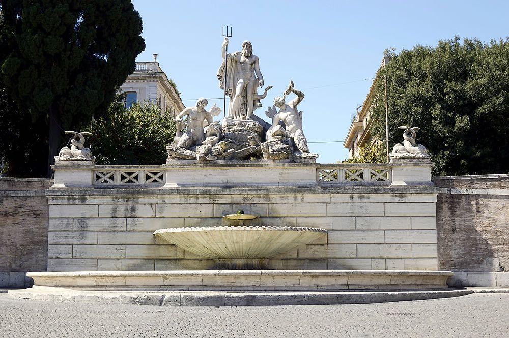 Fontana del Nettuno Neptune Piazza del Popolo Italy