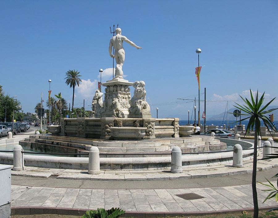 Fountain of Neptune Nettuno Messina Sicily Italy