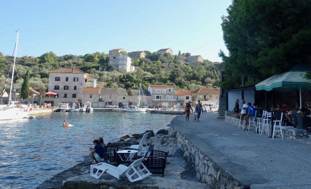 Best Croatian Islands Iz in Croatia