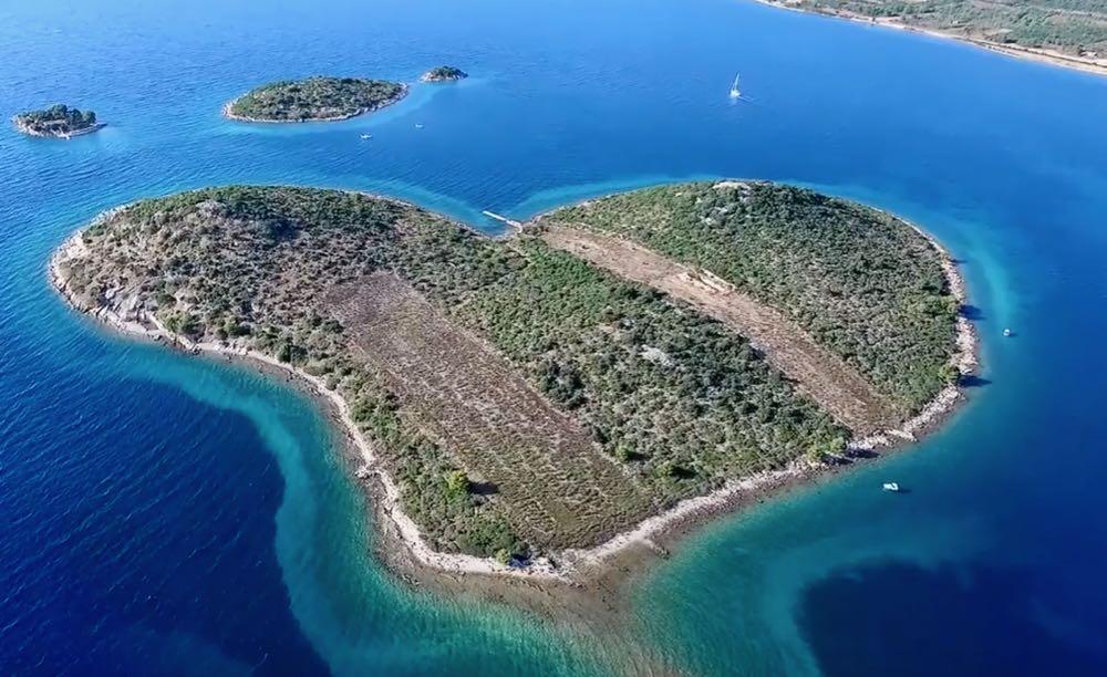 Love Croatian Islands