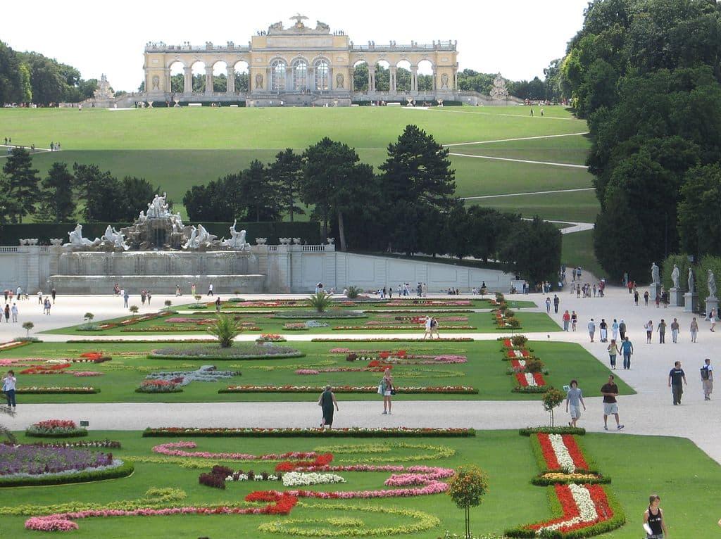 Schoenbrunn Gardens Vienna