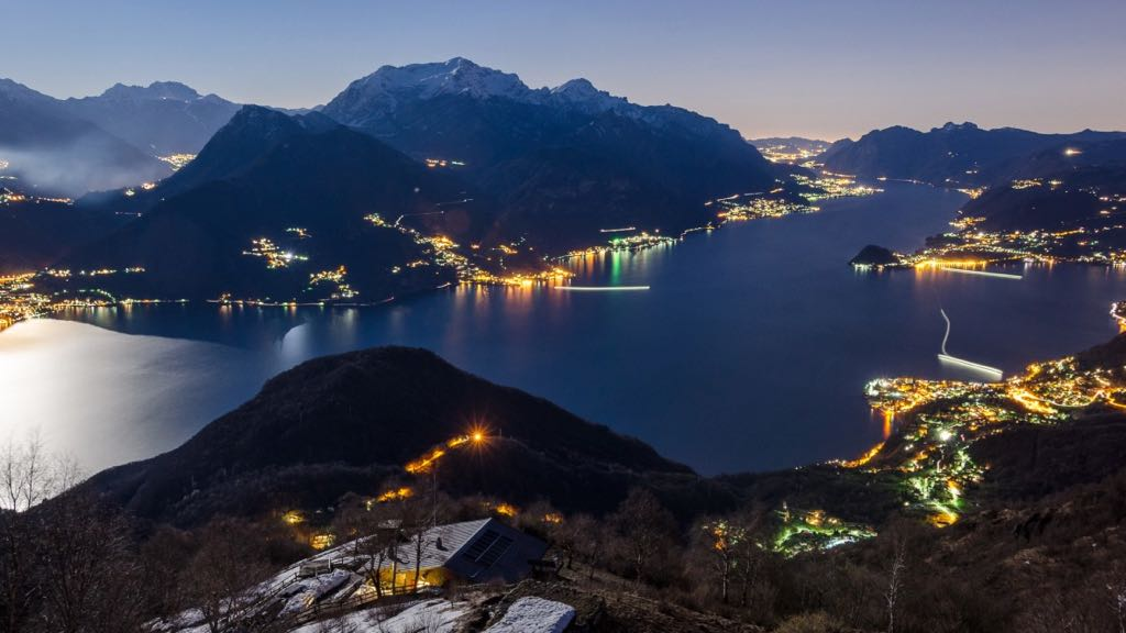 Bellagio Menaggio Lake Como at night