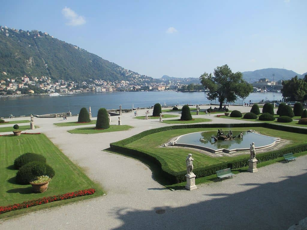 Como Villa Olmo Beautiful Gardens