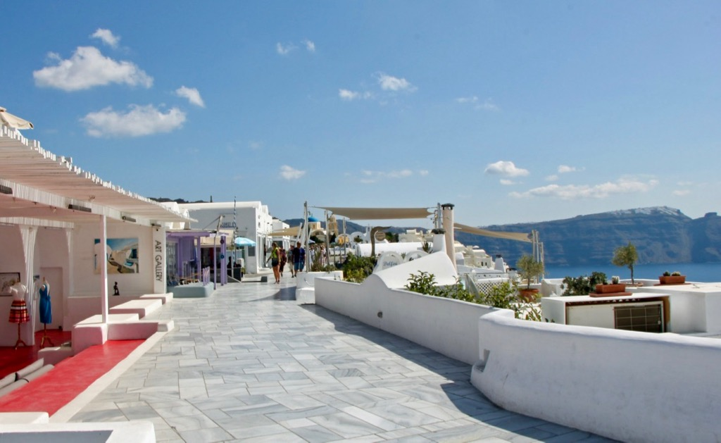 Art Gallery Oia Santorini