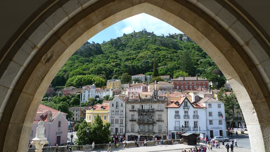 Best places to see in Sintra National Palace Archway and town centre