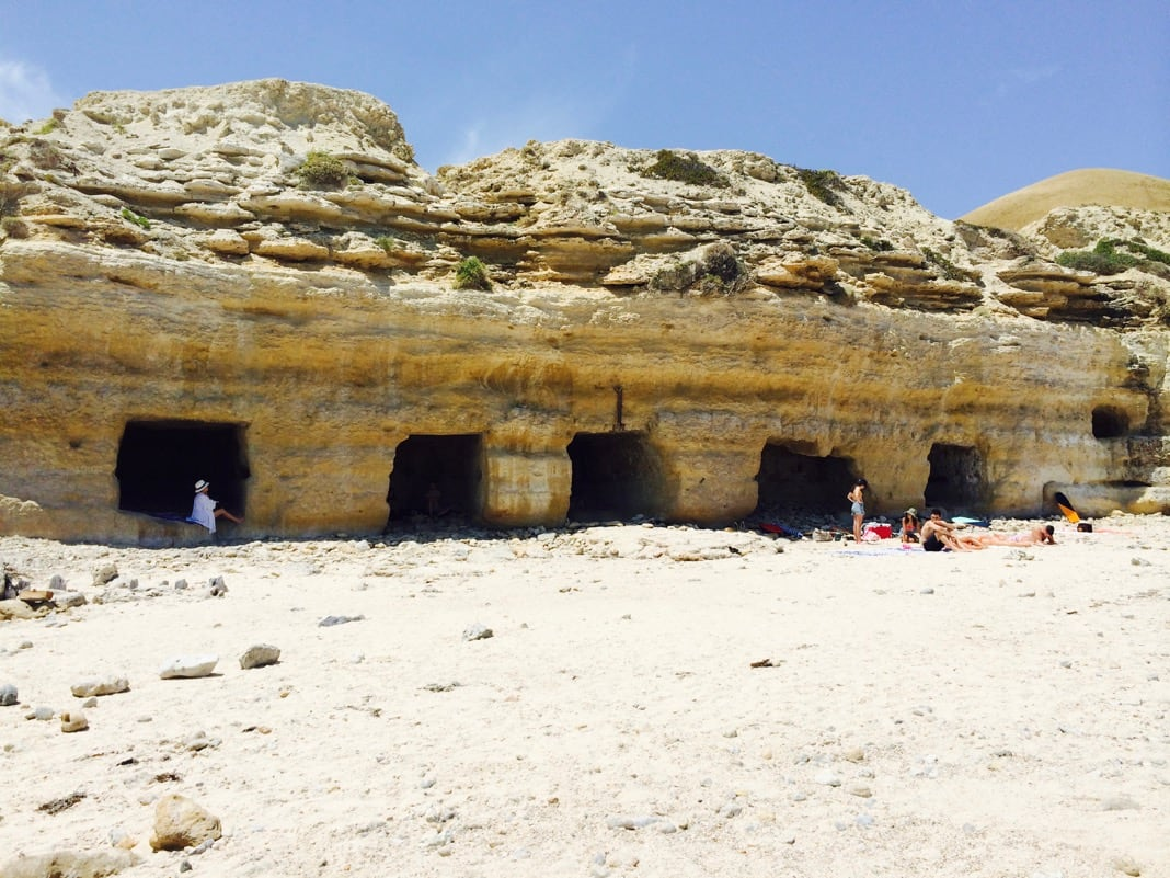 Port Willunga Beach Caves Adelaide