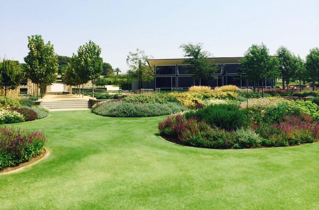 Barossa Valley Estate Beautiful Gardens