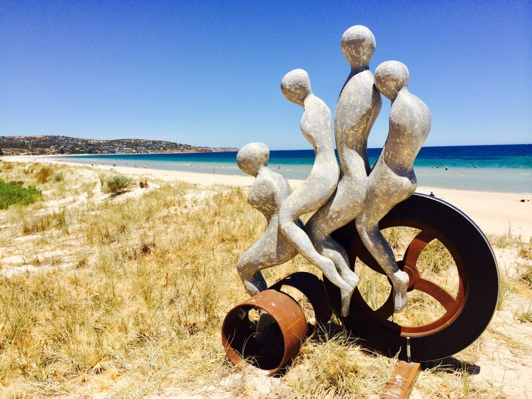 Brighton Jetty Sculptures Outdoor Winner 2021 Moving Forward Sculpture