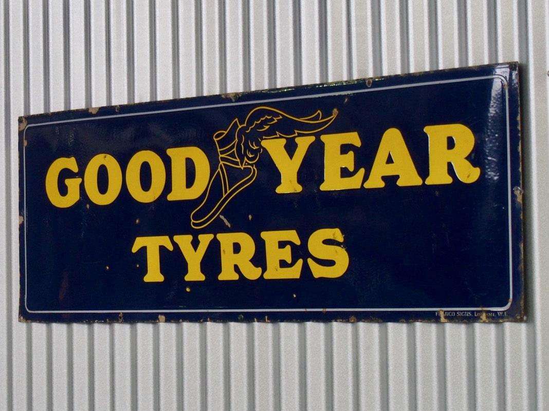 Good Year Tyres Sign Logo